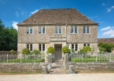 Farmhouse & Stables, North Wiltshire